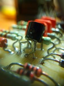 Disposición de transistor BC547