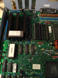 Sustitución de ROM e instalación de CPU